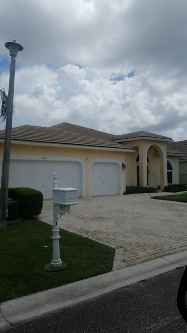 Parkland, FL - Tile roof leak repair a d replacement estimate by Earl Johnston Roofing Company