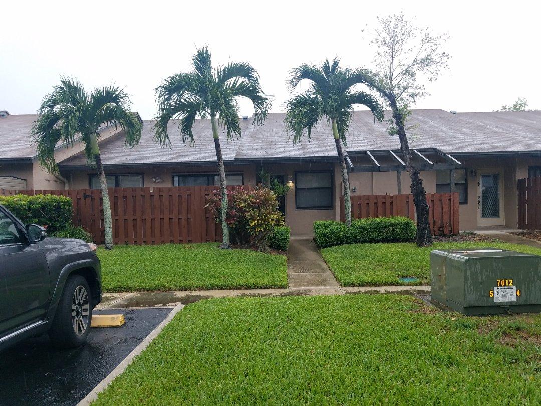 Sunrise, FL - Gaf shingle roof leak repair estimate in Sunrise,FL