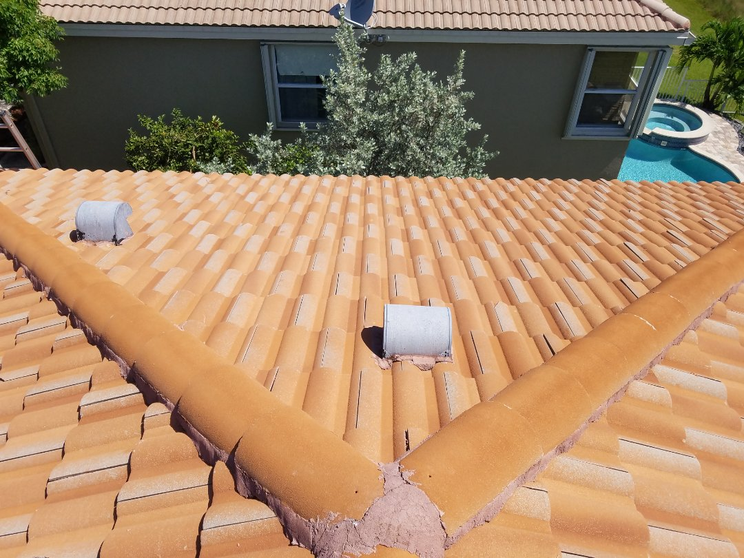 Miramar, FL - Tile roof leak repair estimate in Miramar, FL