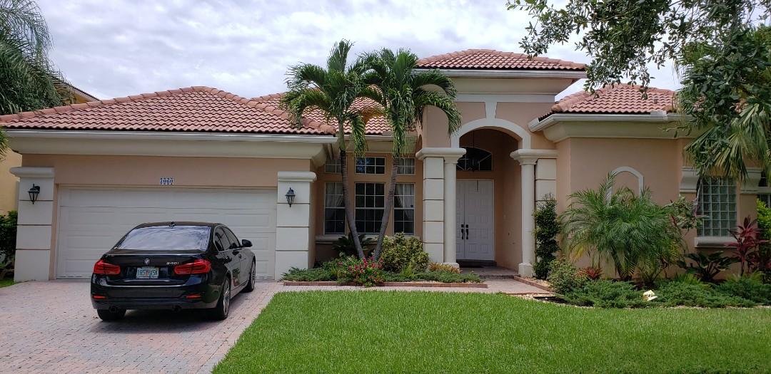 Tile roof leak repair estimate in Miramar, FL by Mike Wilde of Earl Johnston Roofing