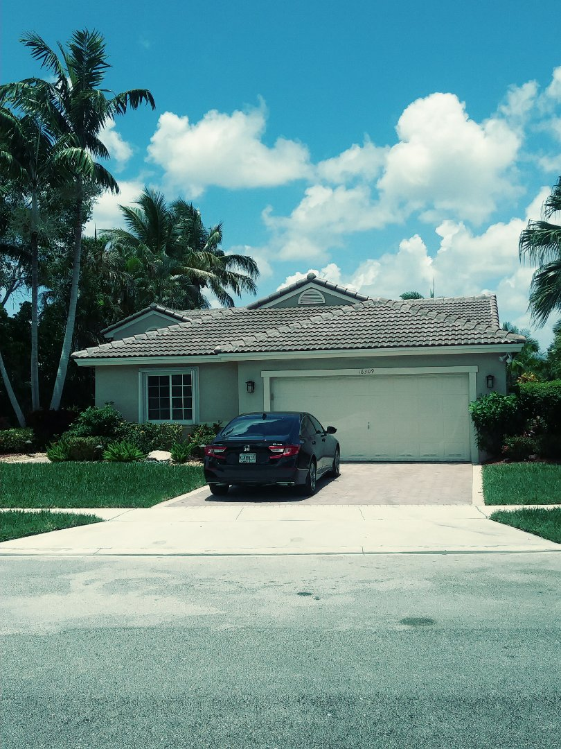 Pembroke Pines, FL - Finished eagle medium profile concrete roof tile by earl w Johnston roofing llc