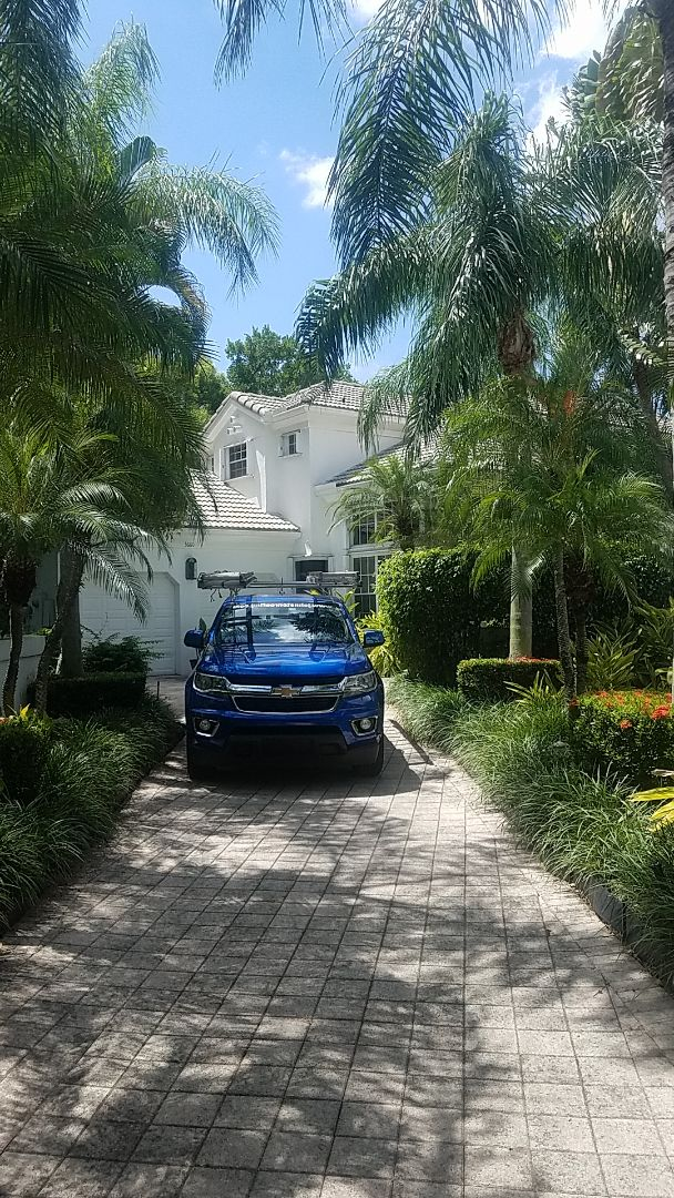 Aventura, FL - Tile roof leak repair estimate by Earl Johnston Roofing Company