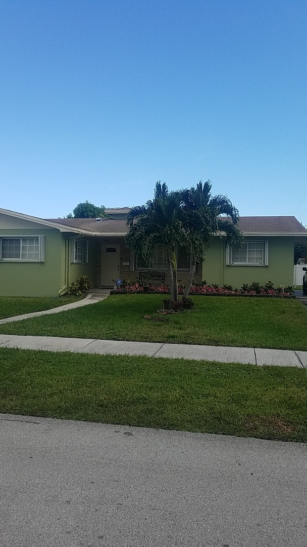 Hialeah, FL - Shingle roof leak repair estimate by Earl Johnston Roofing Company