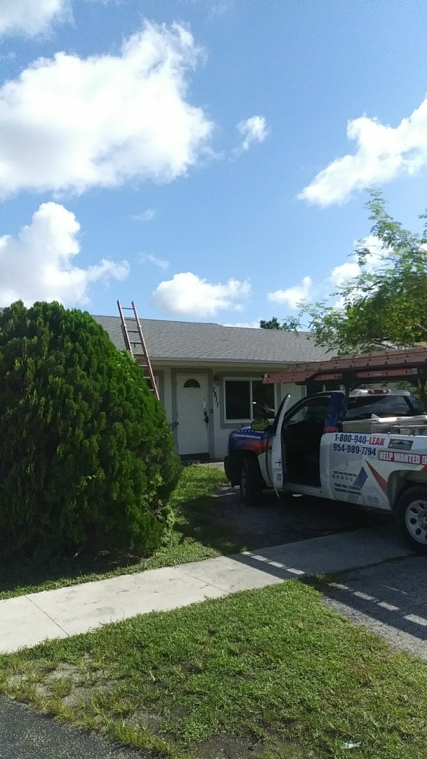 North Lauderdale, FL - Finished Gaf timberline shingle roof by earl w Johnston roofing llc