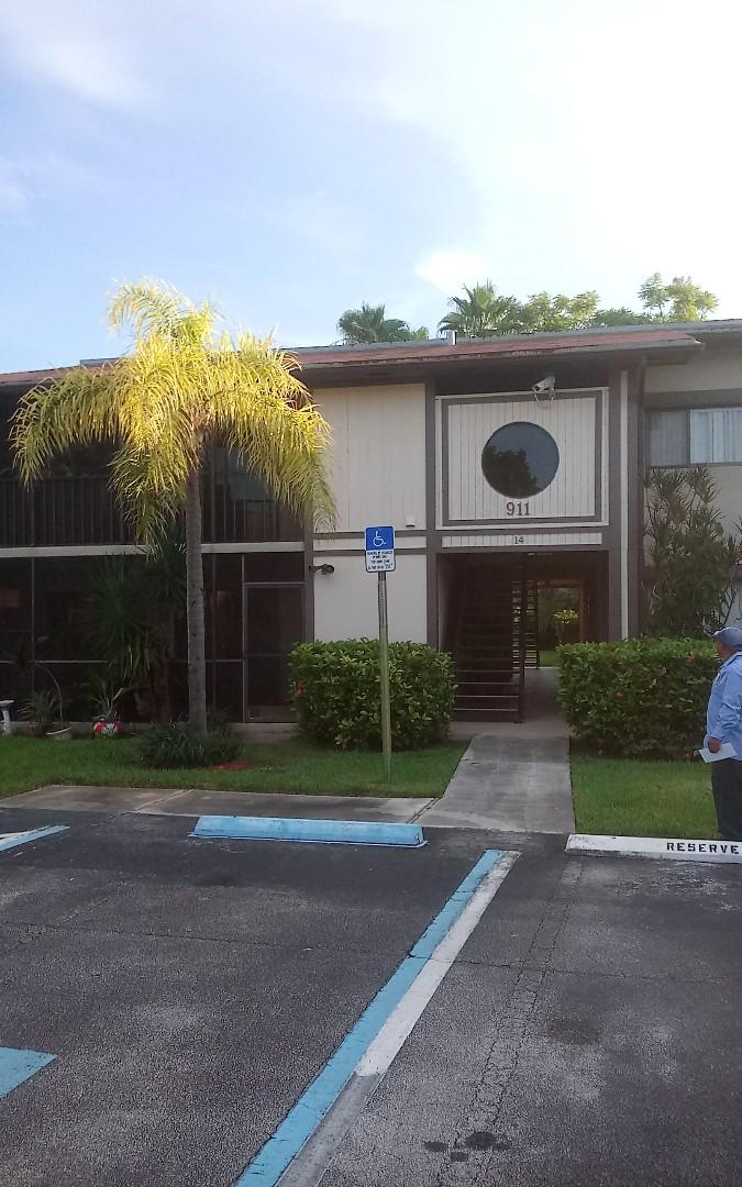 Miami, FL - Repair shingle by Alexis & israel ?