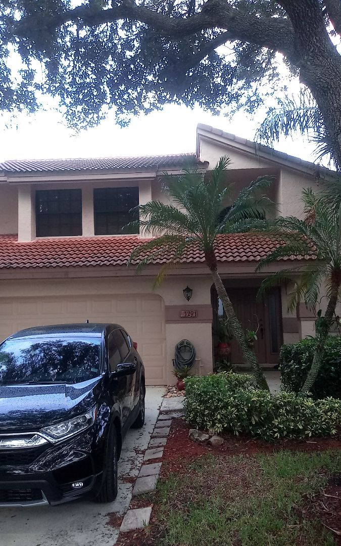 Roofing Contractor In Plantation Fl Earl W Johnston