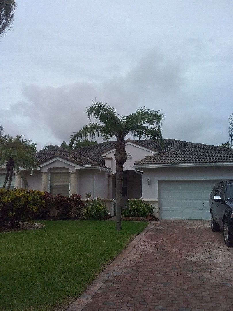 Fort Lauderdale, FL - A finished roof repair in Hollywood by Duane and Oliver from Earl W. Johnston Roofing