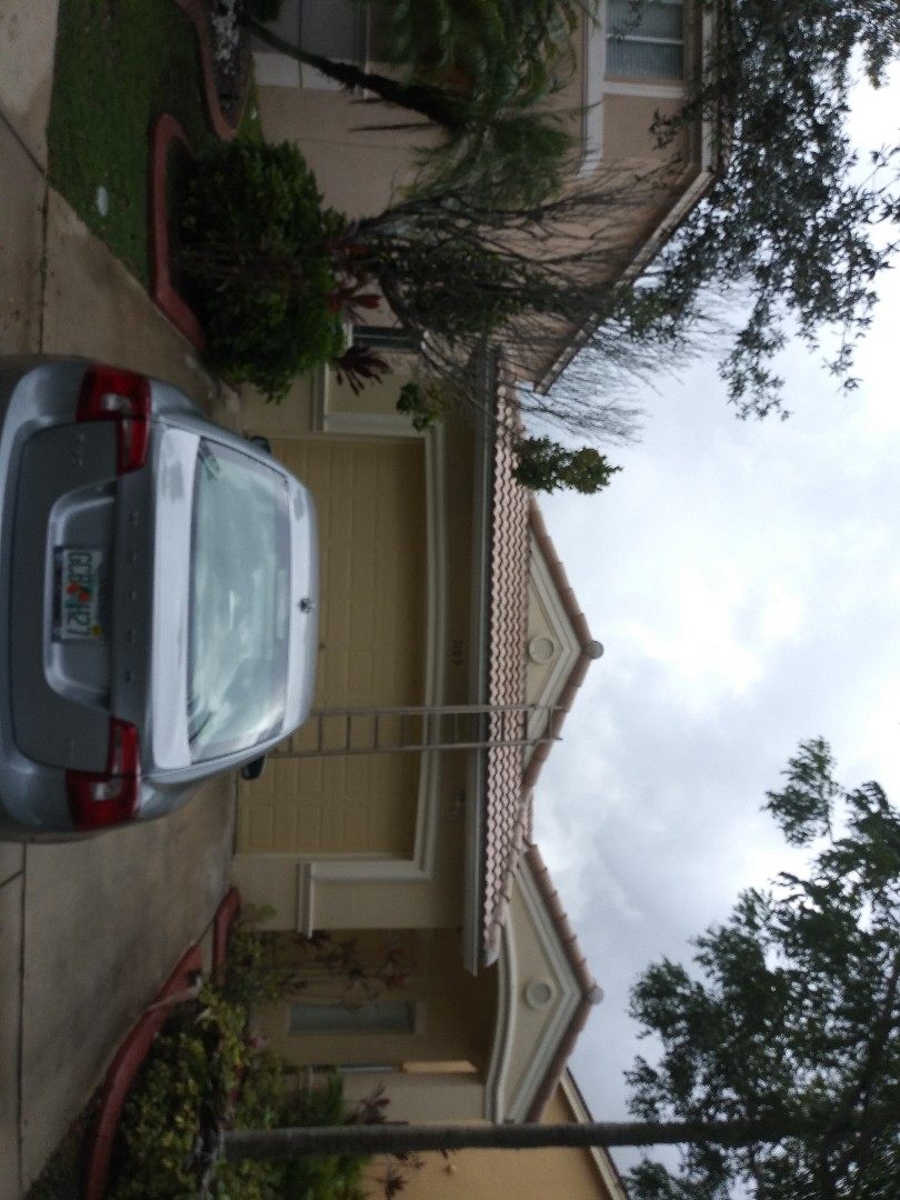 Weston, FL - Roofacide roof service guys darron and gary