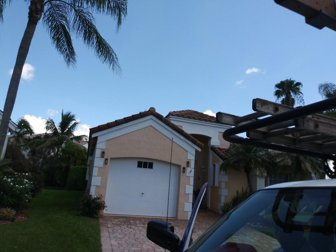 Weston, FL - Spot clean
