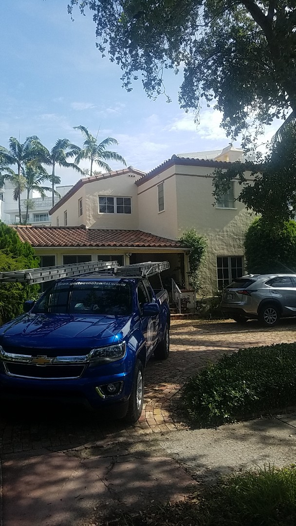 Miami Beach, FL - Tile roof leak repair estimate by Earl Johnston Roofing Company