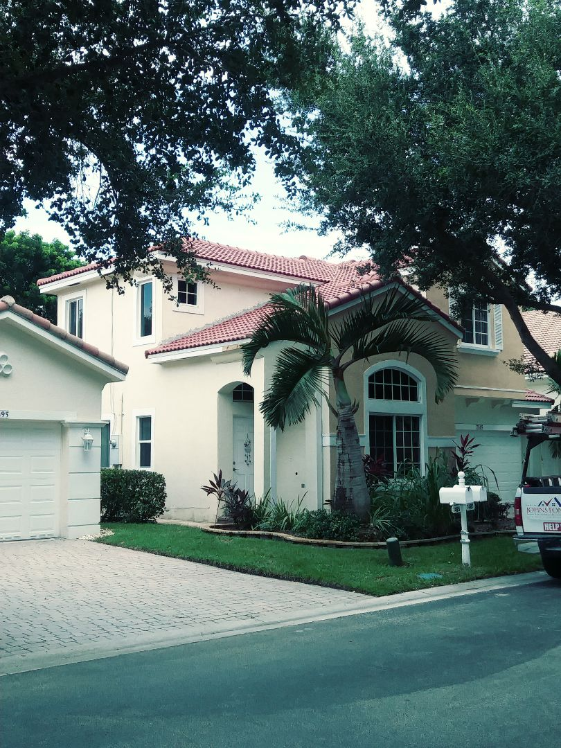 Hollywood, FL - Finished eagle Malibu concrete roof tile roof by earl w Johnston roofing llc