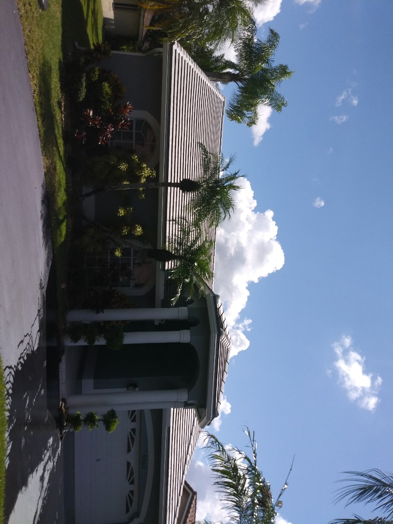 Coral Springs, FL - Roofacide roof service guys Darron and Gary