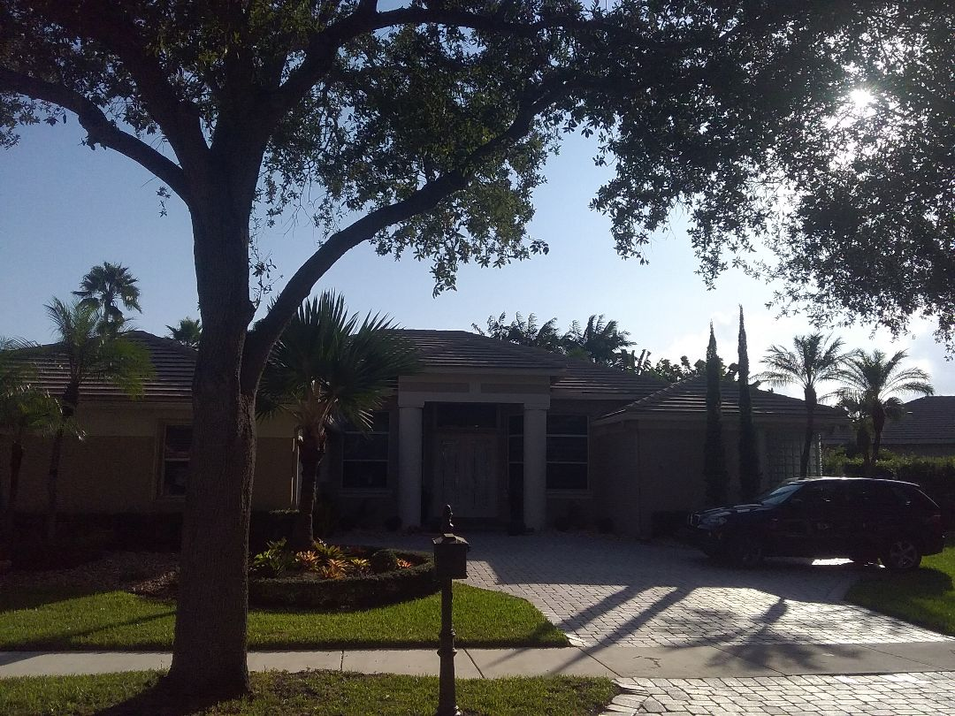 Weston, FL - Roof repair in Weston by Duane, Oliver and Ron from Earl W. Johnston Roofing