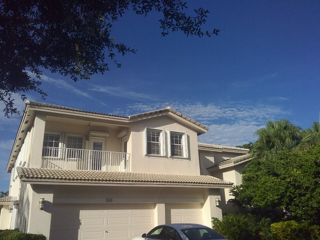 Roof repair in Pembroke Pines by Duane, Oliver, lsreal and Alexis from Earl W Johnston Roofing
