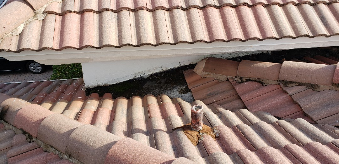 Miramar, FL - Tile roof leak repair estimate in Miramar, FL by Mike Wilde of Earl Johnston Roofing