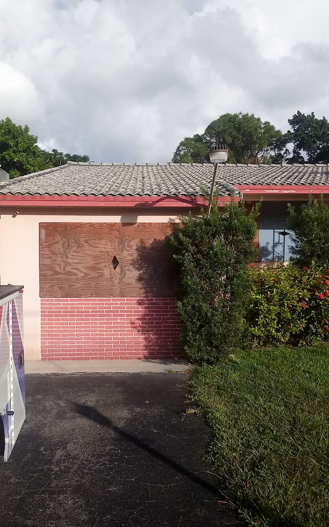 North Miami Beach, FL - Repair roof by Israel & Alexis ,from earl jhonston