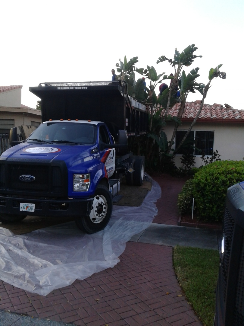 Hollywood, FL - Starting a 39sq tile reroof in Hollywood, by Earl W.Jonston roofing