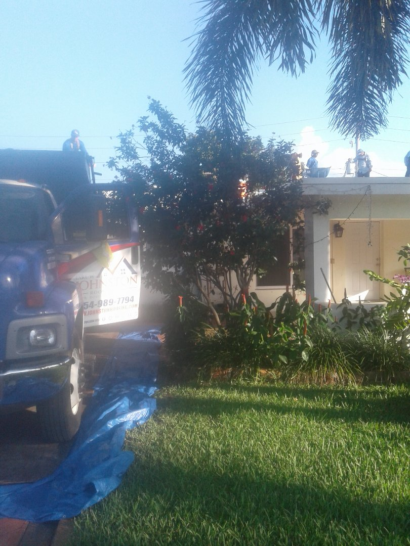 Hollywood, FL - Starting a 15sq shingle reroof in Hollywood, by Earl w Johnston roofing