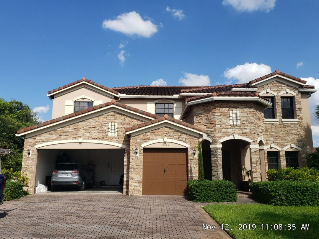 Cooper City, FL - Roof leak repair and maintenance estimate in Cooper City  Florida by Mike Wilde of Earl Johnston Roofing