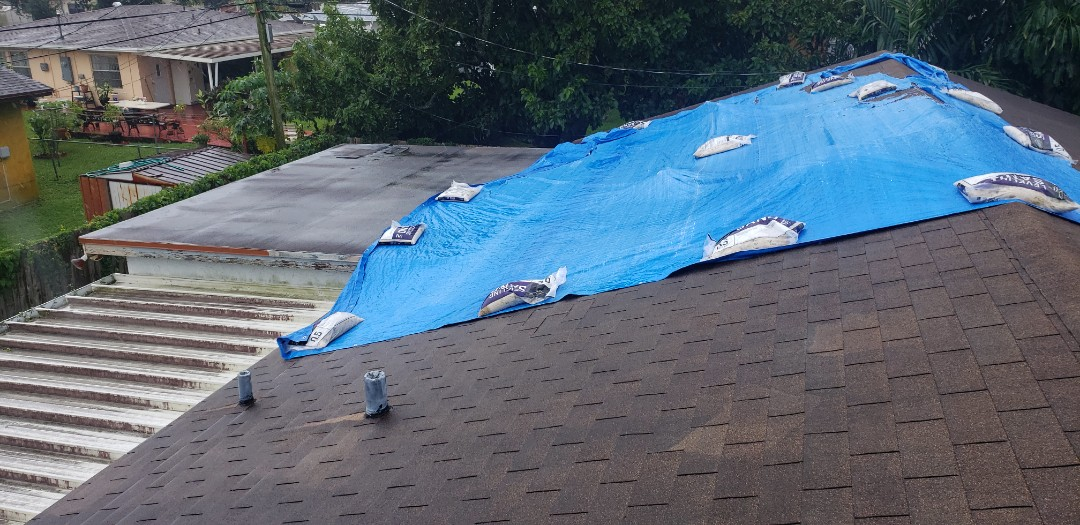 Miramar, FL - Shingle roof leak repair estimate in Miramar, FL by Mike Wilde of Earl Johnston Roofing
