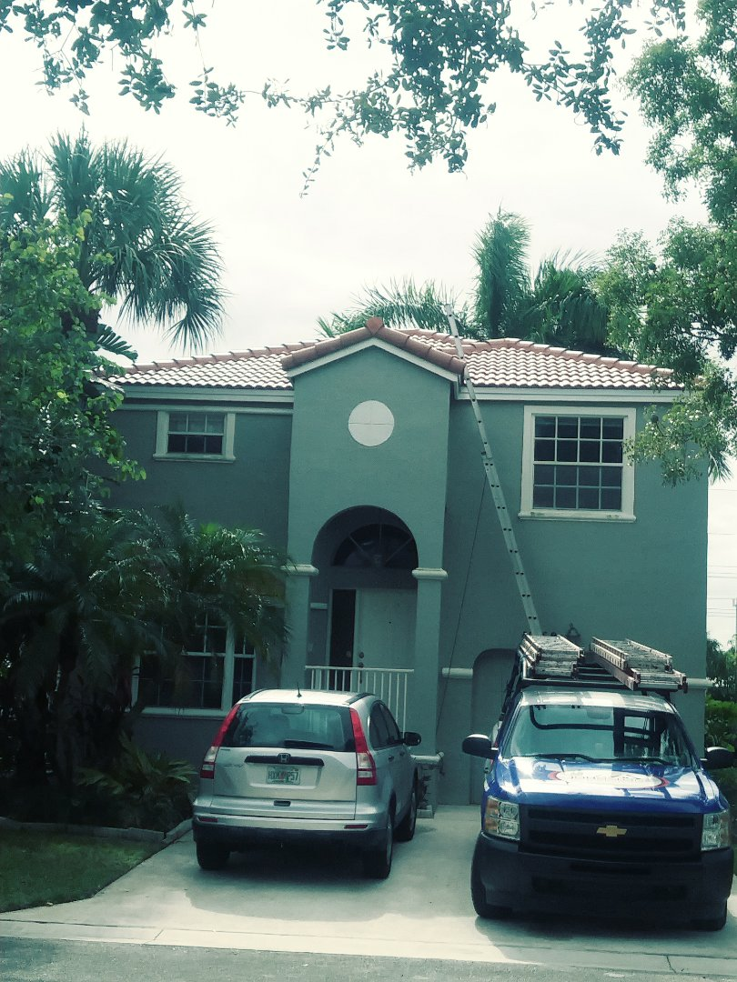 Coral Springs, FL - Finished eagle Malibu concrete roof terracombra range by earl w Johnston roofing llc