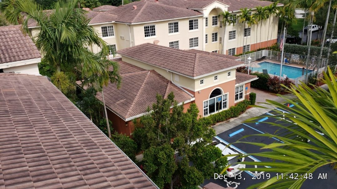 Weston, FL - Commercial tile re-roof estimate in Weston,FL by Mike Wilde of Earl Johnston Roofing