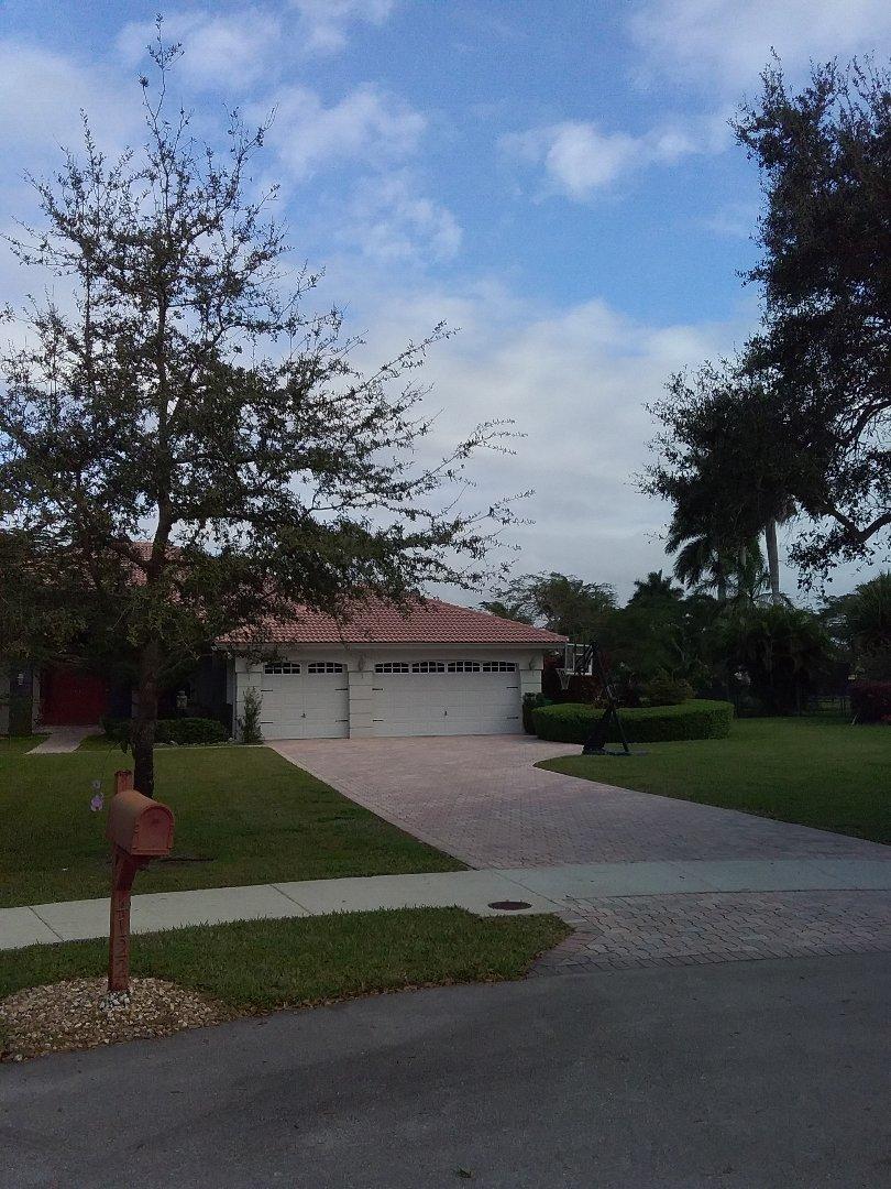 Pembroke Pines, FL - Roof repair in Davie