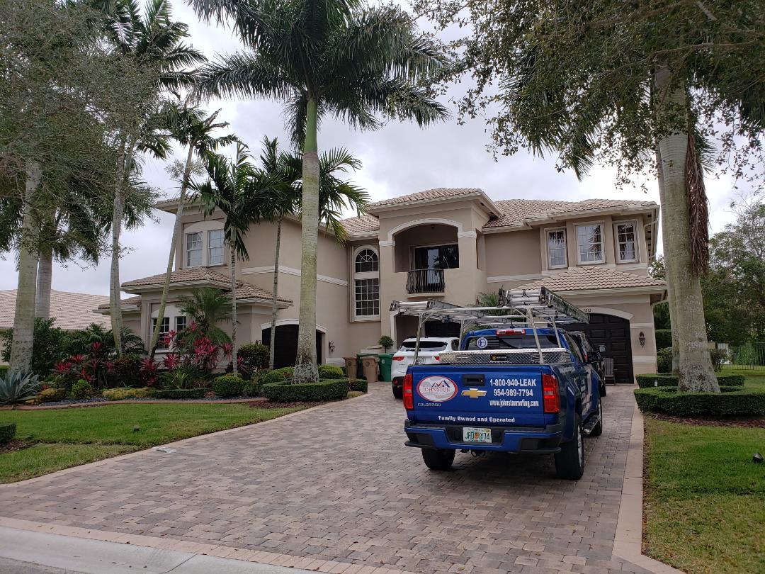 Davie, FL - Tile roof leak repair estimate in Davie FL by Mike Wilde of Earl Johnston Roofing
