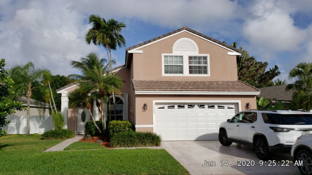 Pembroke Pines, FL - Boral Estate tile re-roof estimate in Pembroke Pines Florida by Mike Wilde of Earl Johnston Roofing