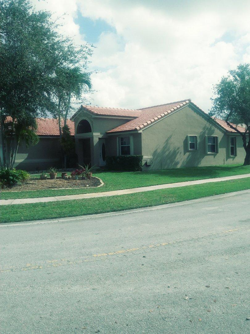 Pembroke Pines, FL - Finished eagle medium profile concrete roof tile by earl w Johnston roofing llc
