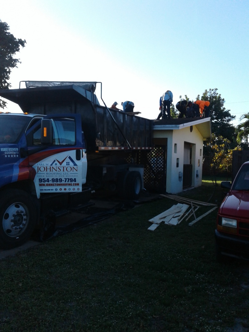 Starting a 17sq.shingle reroof in Hollywood, by Earl w Johnston roofing.