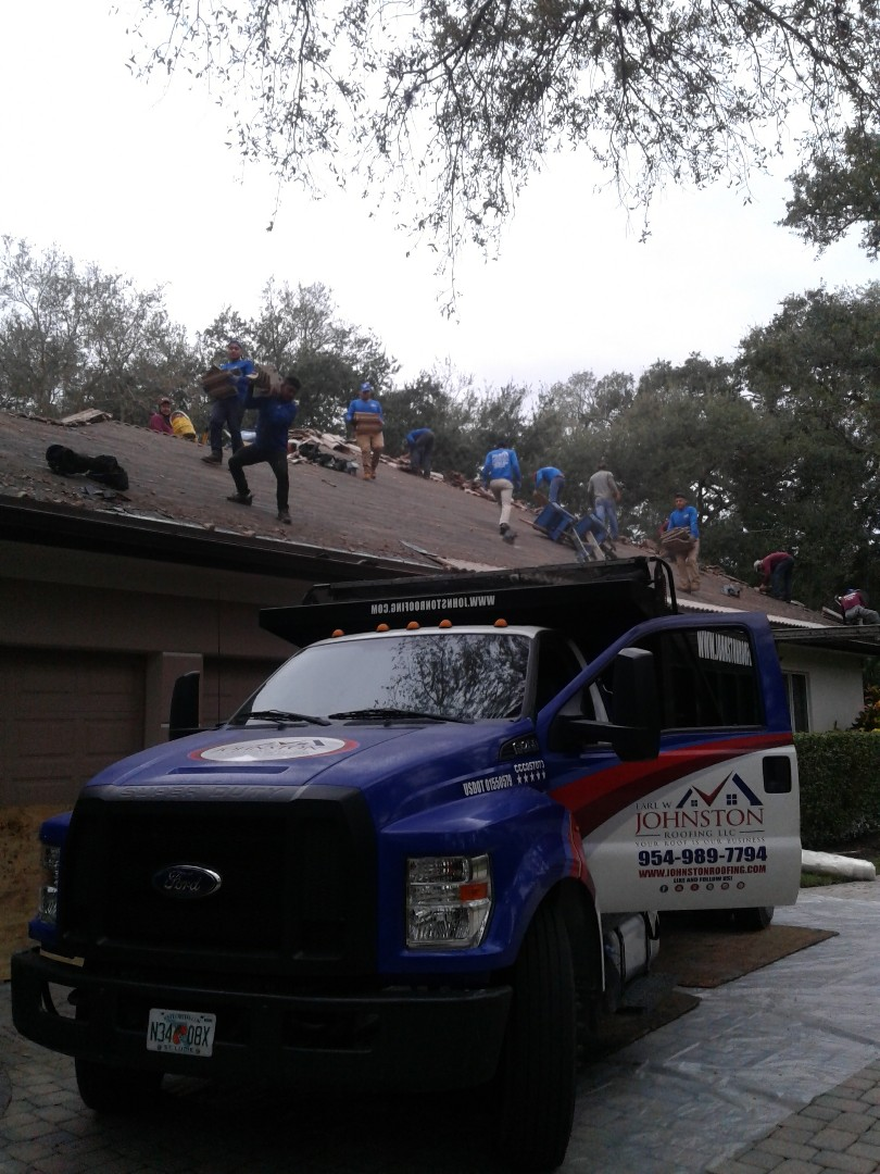 Starting a 70sq tile reroof in Hollywood, by Earl W.Jonston roofing.