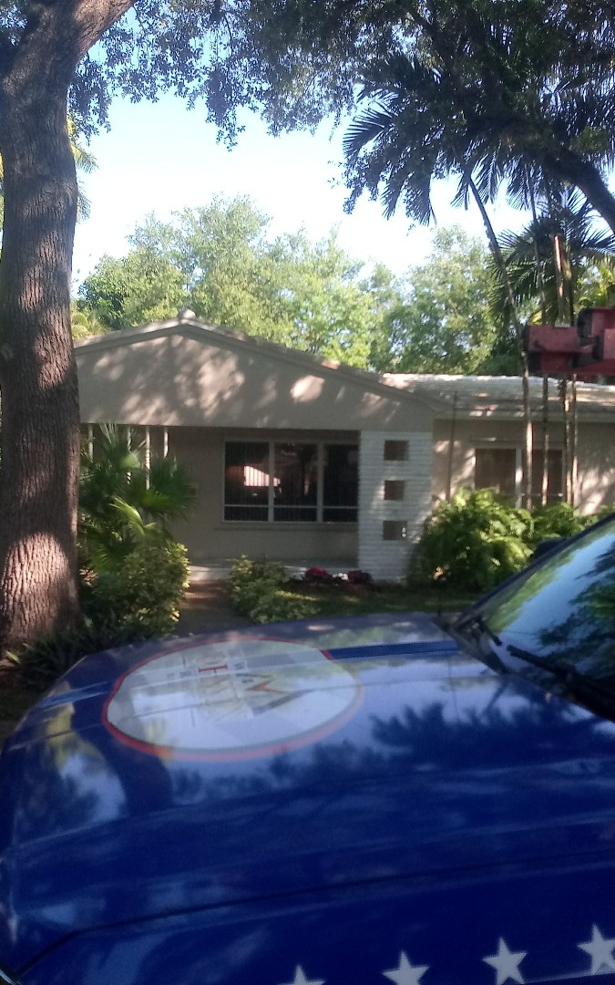 Coral Gables, FL - Repair roof by Israel and Alexis from Earl Jhonstonroofing