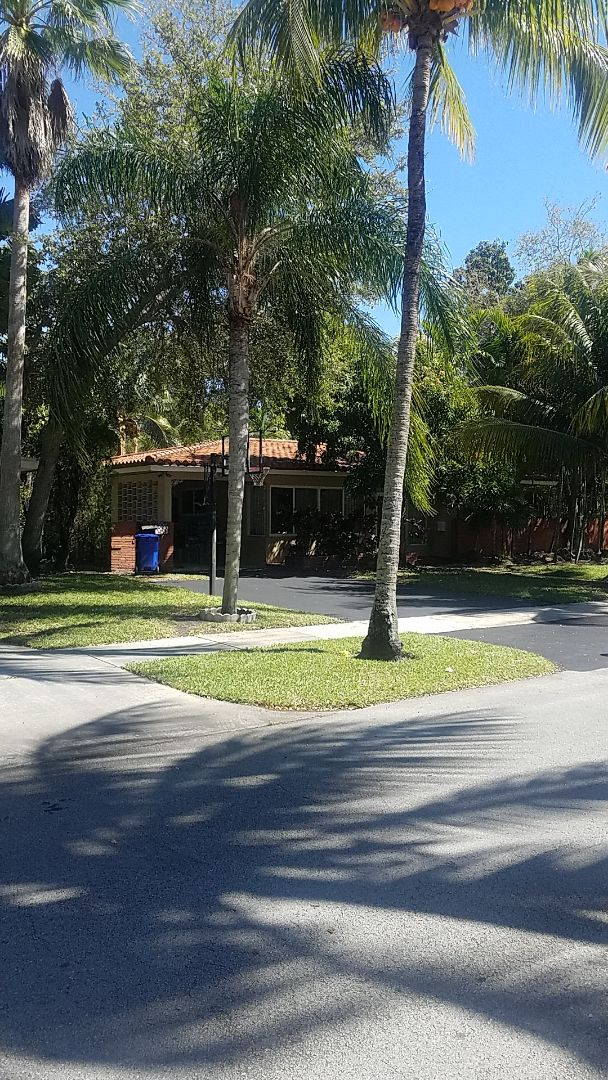 North Miami Beach, FL - Tile roof repair estimate by Aj from Earl Johnston Roofing Company
