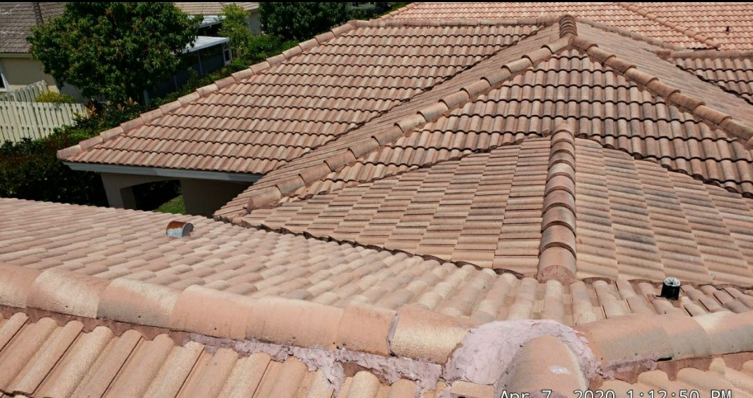 Tile roof replacement estimate in Pembroke Pines Florida by Mike Wilde of Earl Johnston Roofing