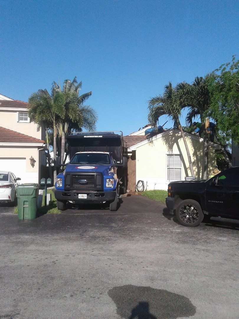 Pembroke Pines, FL - Starting a 20sq tile reroof in Pembroke pines, by Earl w Johnston roofing.