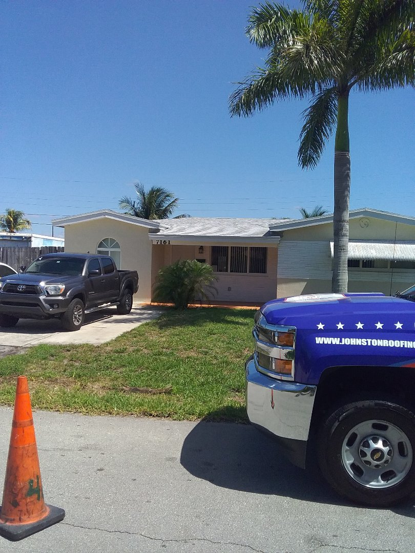 Pembroke Pines, FL - Roof repair in the city of Pembroke Pines Florida this repairs being done by Earl W Johnston roofing company Tony is your repair technician