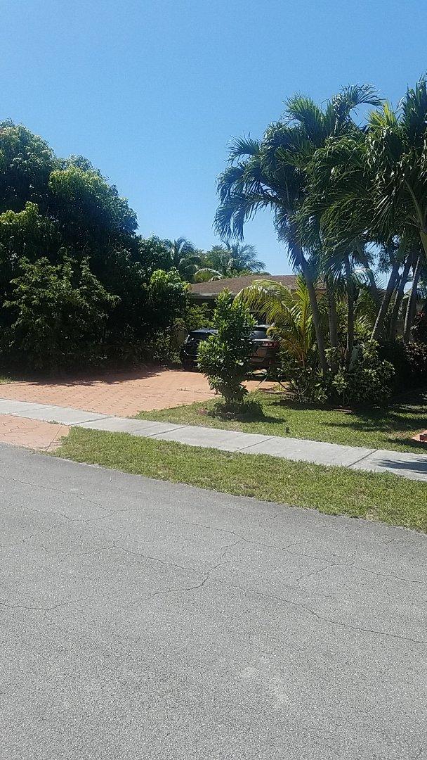 North Miami Beach, FL - Gaf timberline HD shingles golden pledge warranty estimate by Aj from Earl Johnston Roofing Company