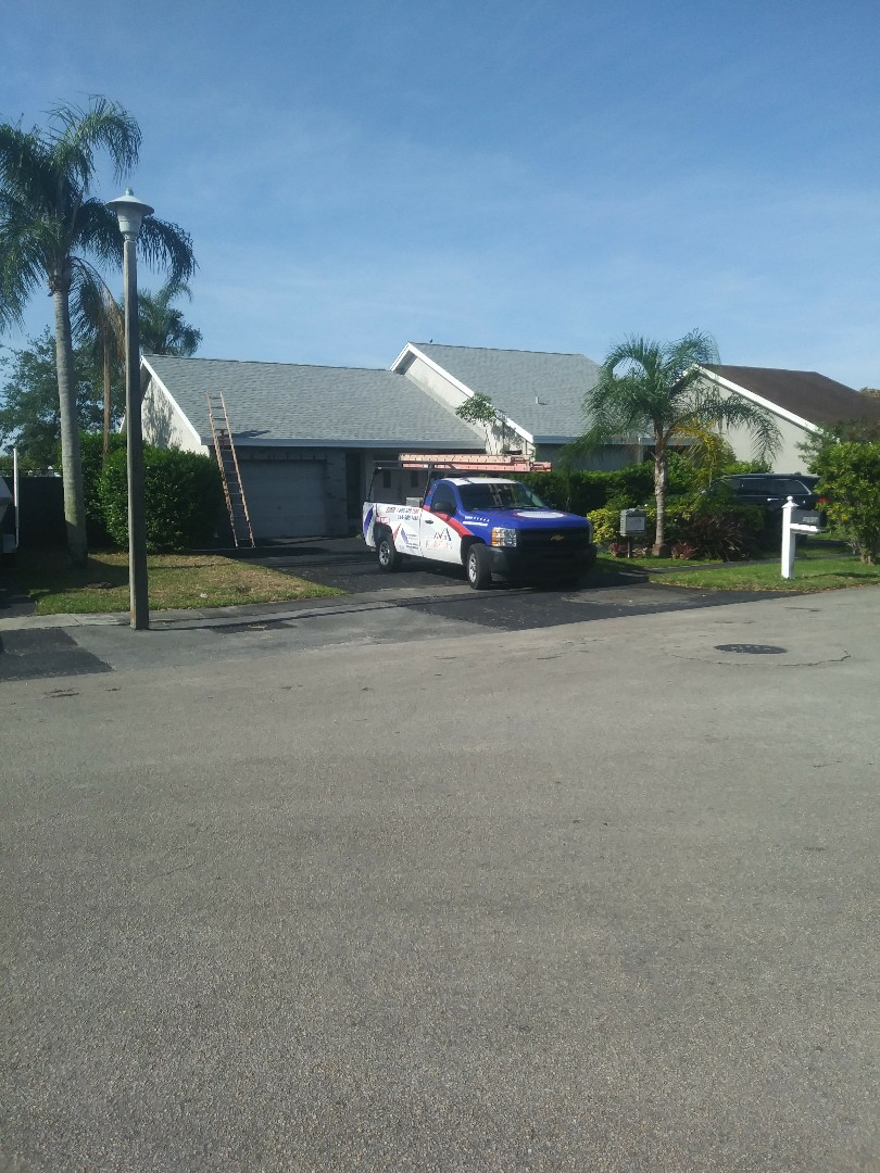 Pembroke Pines, FL - Finished Gaf timberline shingle and flat roof by earl w Johnston roofing llc