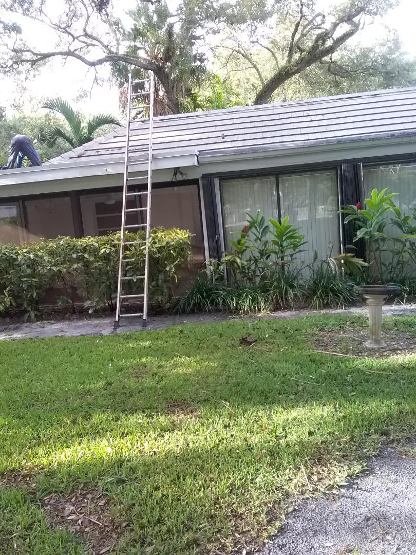 Miami Shores, FL - Fix a flat roof by Oliver, duane , Casey  and Alexis from Earl W Johnston Roofing