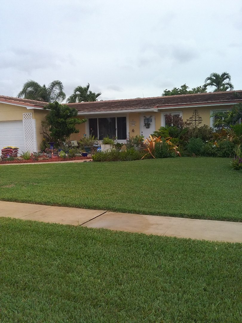 Pembroke Pines, FL - Roof repair in the city of Pembroke Pines Florida this repair is being done by Earl W Johnston roofing company Tony and Darnell are your repair technicians