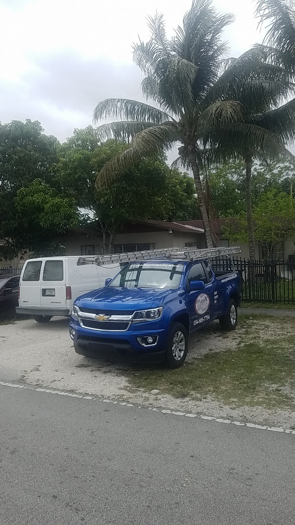 Opa-locka, FL - Shingle roof replacement estimate by Aj from Earl Johnston Roofing Company
