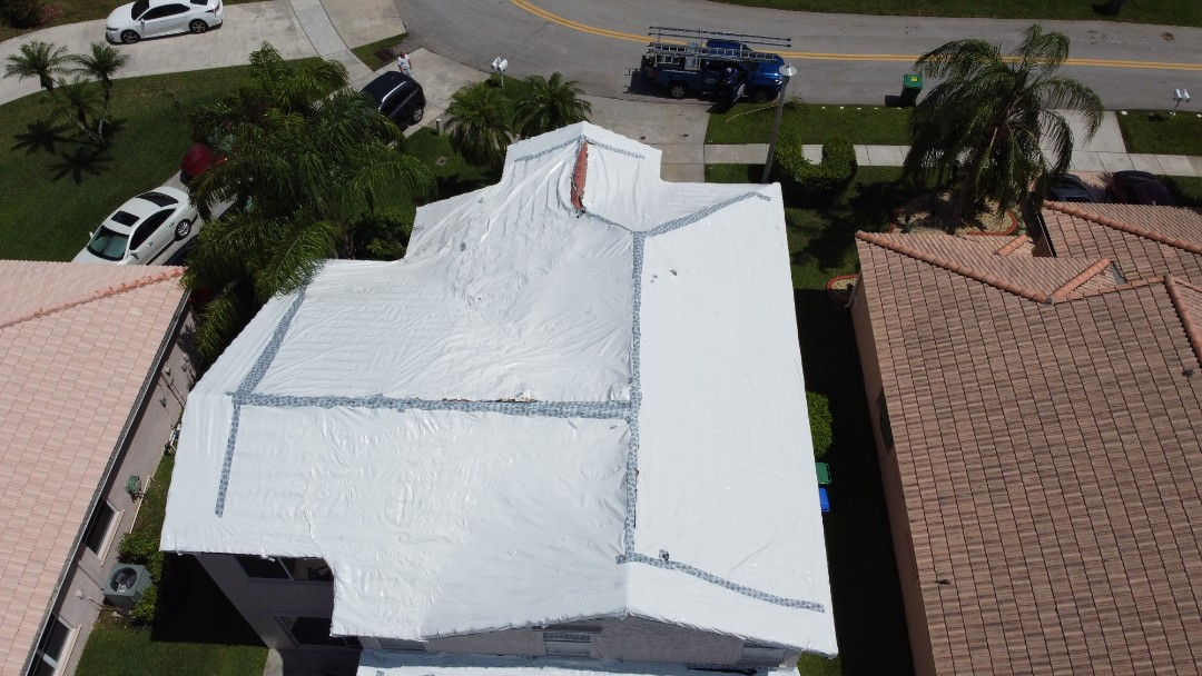 Pembroke Pines, FL - Eagle Capistrano tile re-roof estimate in Pembroke Pines Florida by Mike Wilde of Earl Johnston Roofing
