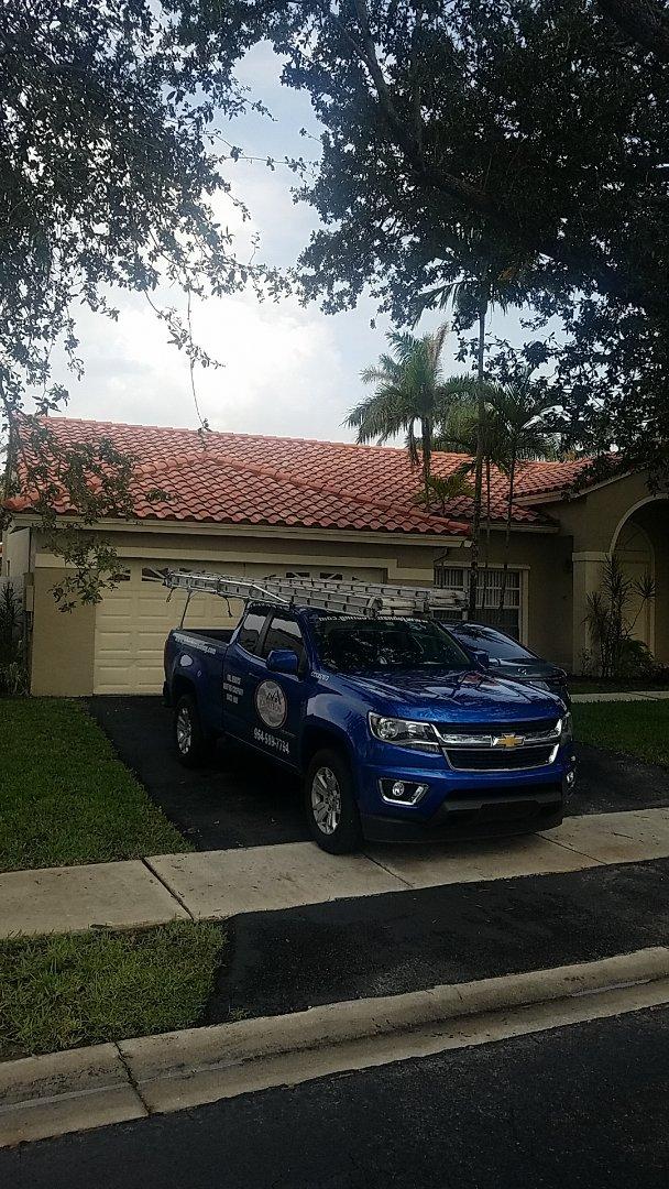 Sunrise, FL - Tile roof leak repair estimate by Aj from Earl Johnston Roofing Company