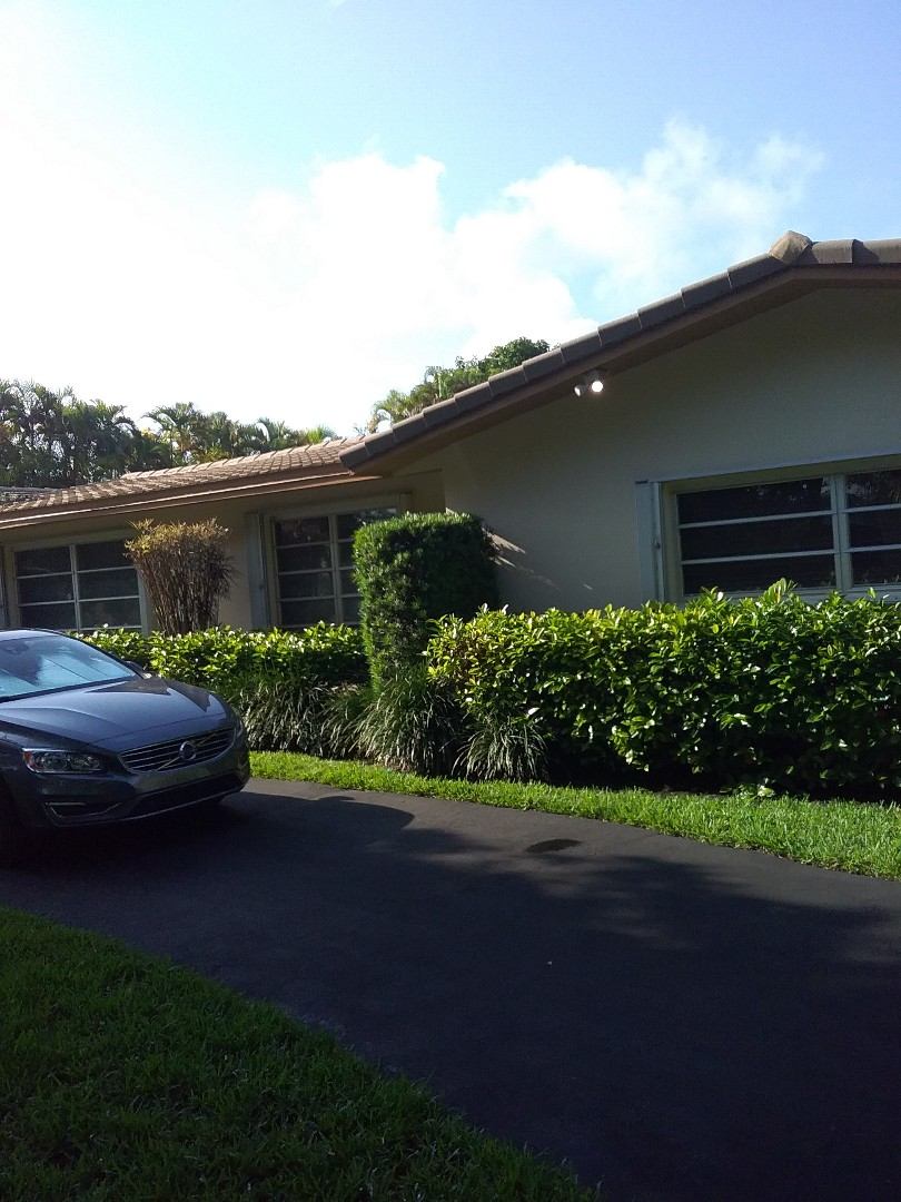 Palmetto Bay, FL - Repair tpo by Oliver and Alexis from Earl W Johnston Roofing