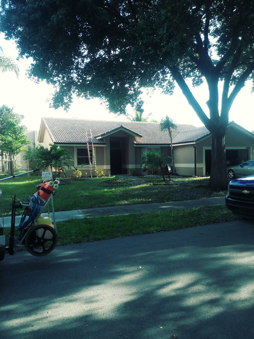 Coconut Creek, FL - Finished boral estate pinto blend concrete roof tile by earl w Johnston roofing llc
