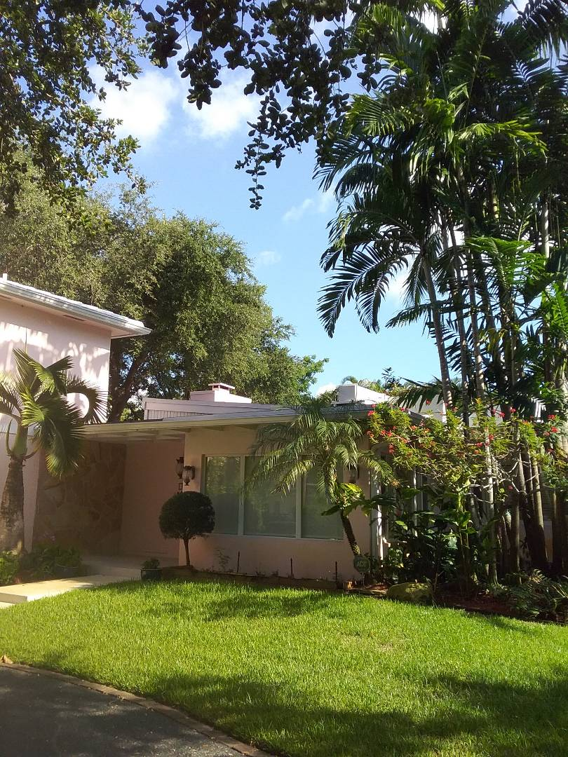 Miami Shores, FL - Roof inspection and maintenance by Duane and Fransisco from Earl W Johnston roofing