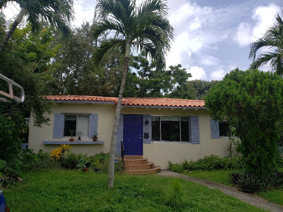 El Portal, FL - Clay/Concrete Tile ReRoof Estimate.Earl W Johnston Roofing Eric Suarez 954-347-5246