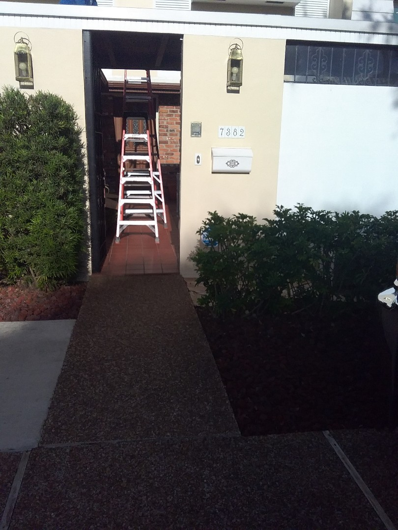 Hialeah, FL - Repair roof by Oliver and Alexis from Earl W Johnston Roofing