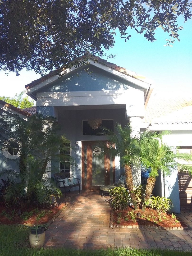 Pembroke Pines, FL - Repair tile roof by Oliver and Alexis from Earl W Johnston Roofing